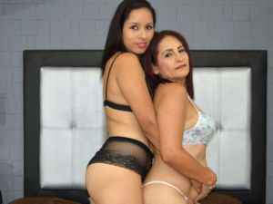 Webcam sex de Kimandmaturehotx
