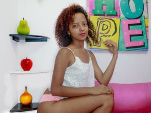 Webcam sex jeune teen de KyleiSofia