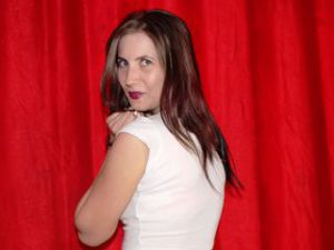 Webcam sex femme - Cam girl de MayaConfidential