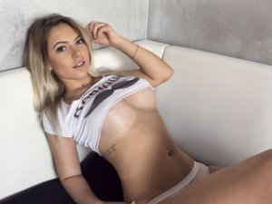 Webcam sex femme - Cam girl de Queensquirt20